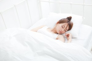疲労回復 睡眠 寝る