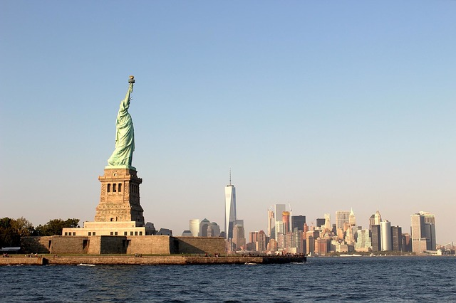 statue-of-liberty-1031550_640
