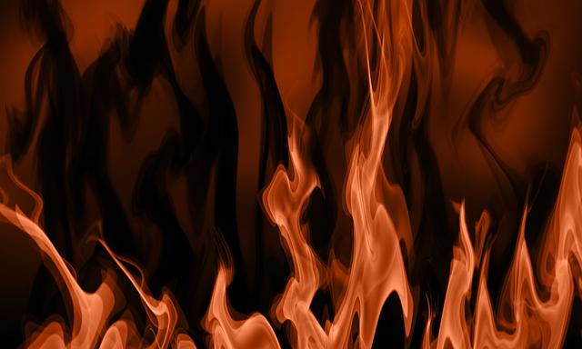 燃えている写真