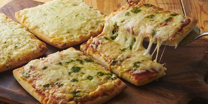 冷凍ピザ⑩:シャトレーゼ 糖質カットのピザ